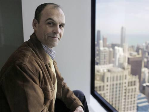 """Scott Turow. O autor já vendeu milhões de cópias no mundo com romances como """"Acima de qualquer suspeita"""" (1987), """"O ônus da prova"""" (1990) e """"O inocente"""" (2010) M. Spencer Green / Agência O Globo"""