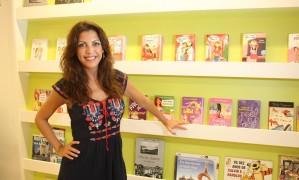 Thalita Rebouças é uma das autoras brasileiras de maior público no Facebook | Foto: Eduardo Naddar | Agência O Globo