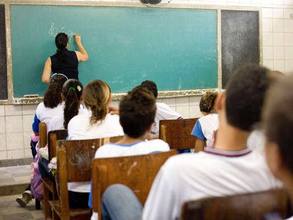 """Google Classroom: """"o professor pode fazer perguntas e receber as respostas em tempo real"""""""