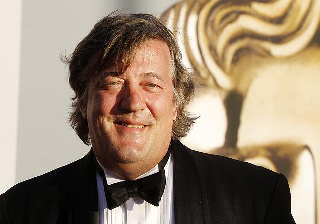 O ator e roteirista britânico Stephen Fry | Fred Prouser/Reuters