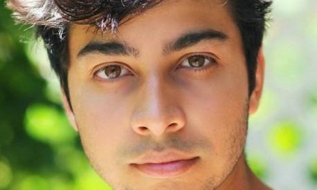 O escritor inglês Taran Matharu, autor de 'The summoner' | Foto: Divulgação