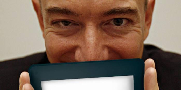 Em queda: as vendas do Kindle, lançado pela Amazon de Jeff Bezos, despencaram, segundo varejista inglês | Foto: Ben Margot